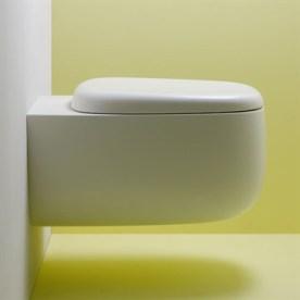 Toilet-Seed-i-smukt-blødt-rundt-design-i-hvidt-porcelæn